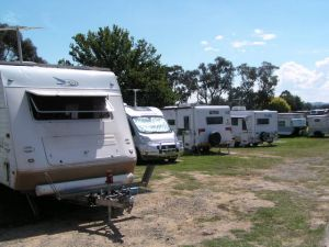 Canberra Carotel Motel  Caravan Park - Accommodation Nelson Bay
