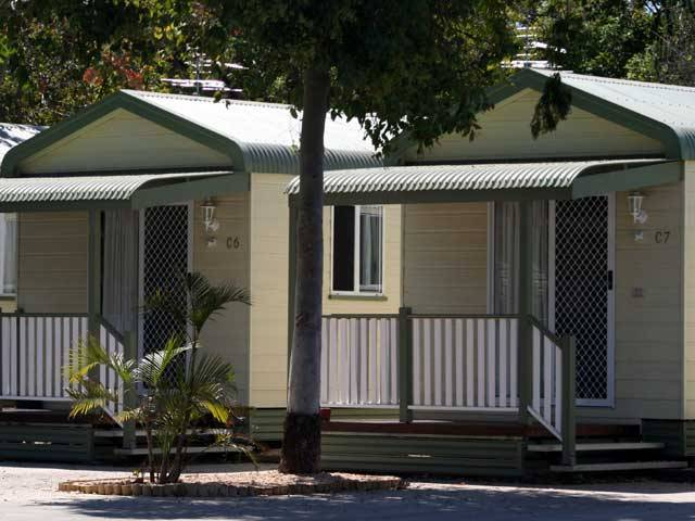 Emerald Cabin  Caravan Village - Accommodation Nelson Bay