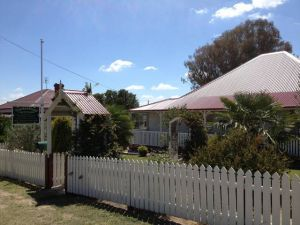 Tenterfield Luxury Historic c1895 Cottage - Accommodation Nelson Bay