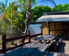 Lazy Lizard Caravan Park - Accommodation Nelson Bay