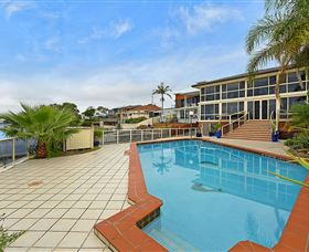 Waterfront Paradise - Accommodation Nelson Bay