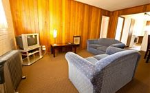 Snowy Mountains Motel - Adaminaby - Accommodation Nelson Bay