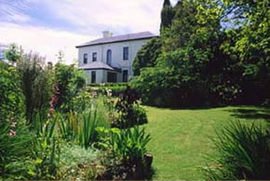 Mount Stuart House - Accommodation Nelson Bay