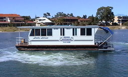 Dolphin Houseboat Holidays - Accommodation Nelson Bay
