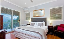 The Acreage Luxury BB and Guesthouse - - Accommodation Nelson Bay