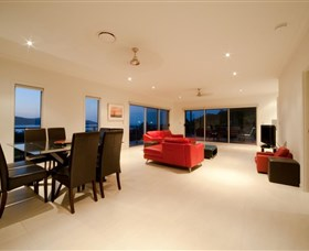 Viewpoint - Accommodation Nelson Bay