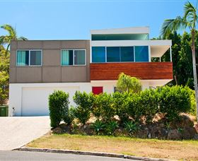 Hilltop Mansion Gold Coast - Accommodation Nelson Bay