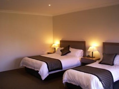 Parkes Int Motor Inn - Accommodation Nelson Bay
