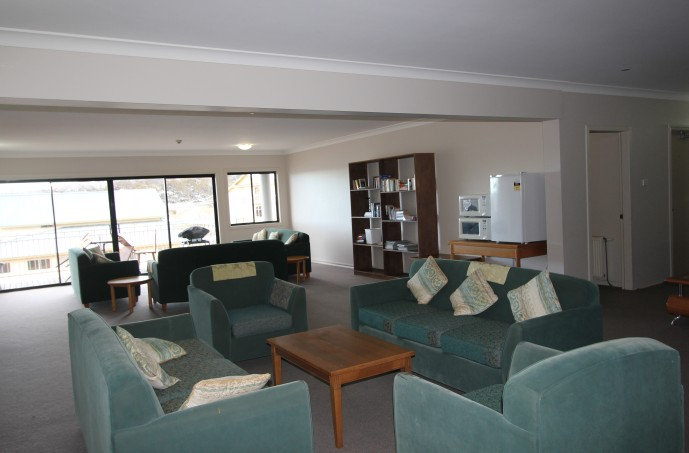 Corroboree Lodge - Accommodation Nelson Bay