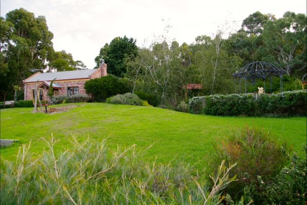 Pear Tree Hollow - Accommodation Nelson Bay