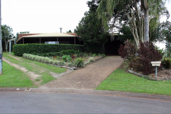 3 Bedroom Holiday House - Accommodation Nelson Bay