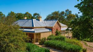 Red Gum Retreat - Accommodation Nelson Bay