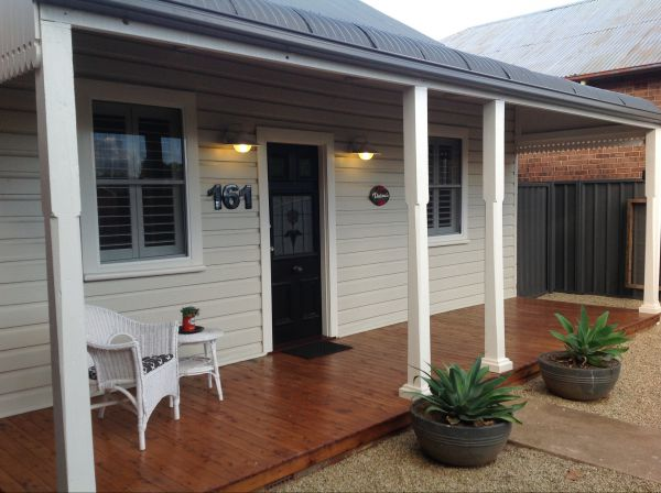 Thelma's Temora - Accommodation Nelson Bay
