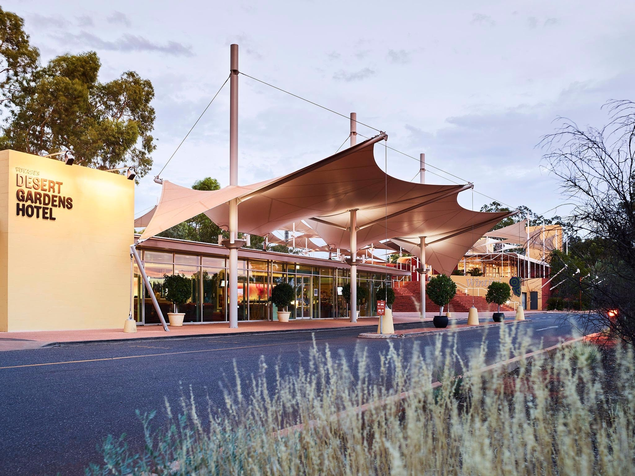 Desert Gardens Hotel - Accommodation Nelson Bay