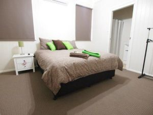 Hayden House - Accommodation Nelson Bay