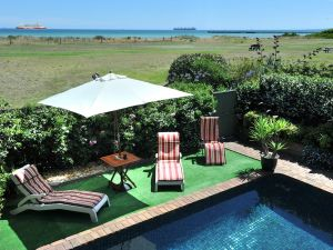 Seacove on the Beach - Accommodation Nelson Bay