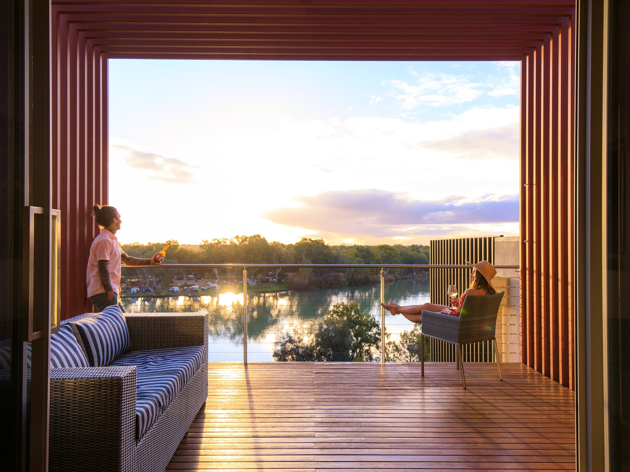 The Frames - Luxury Riverland Accommodation - Accommodation Nelson Bay