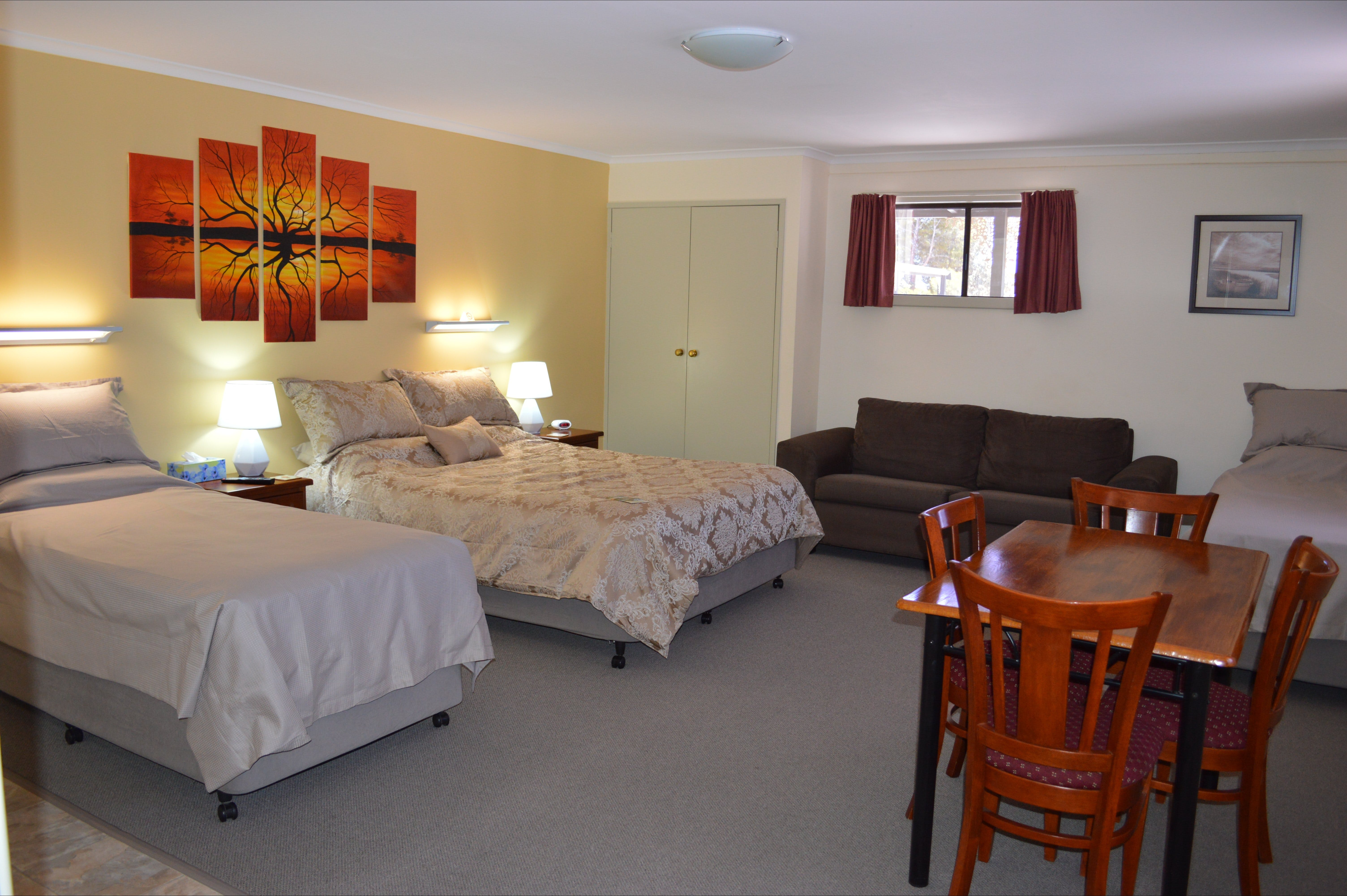 Morgan Colonial Motel - Accommodation Nelson Bay