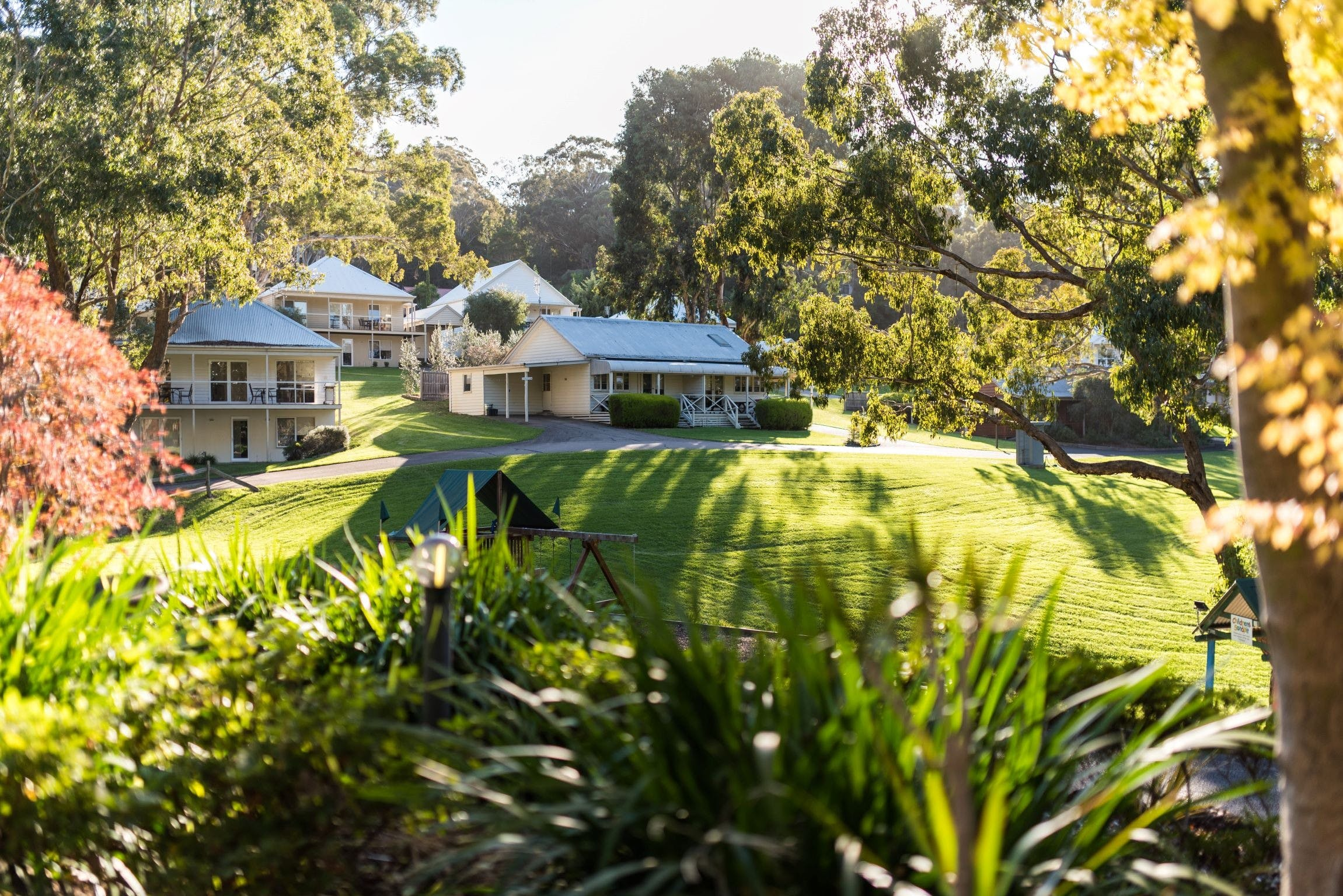 McMillans Of Metung Resort - Accommodation Nelson Bay