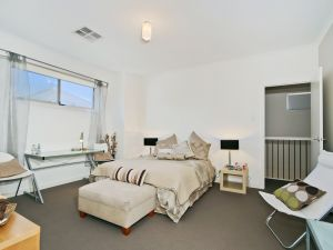 Century 21 SouthCoast The Residence - Accommodation Nelson Bay