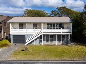Seaview Getaway  Dunbogan - Accommodation Nelson Bay
