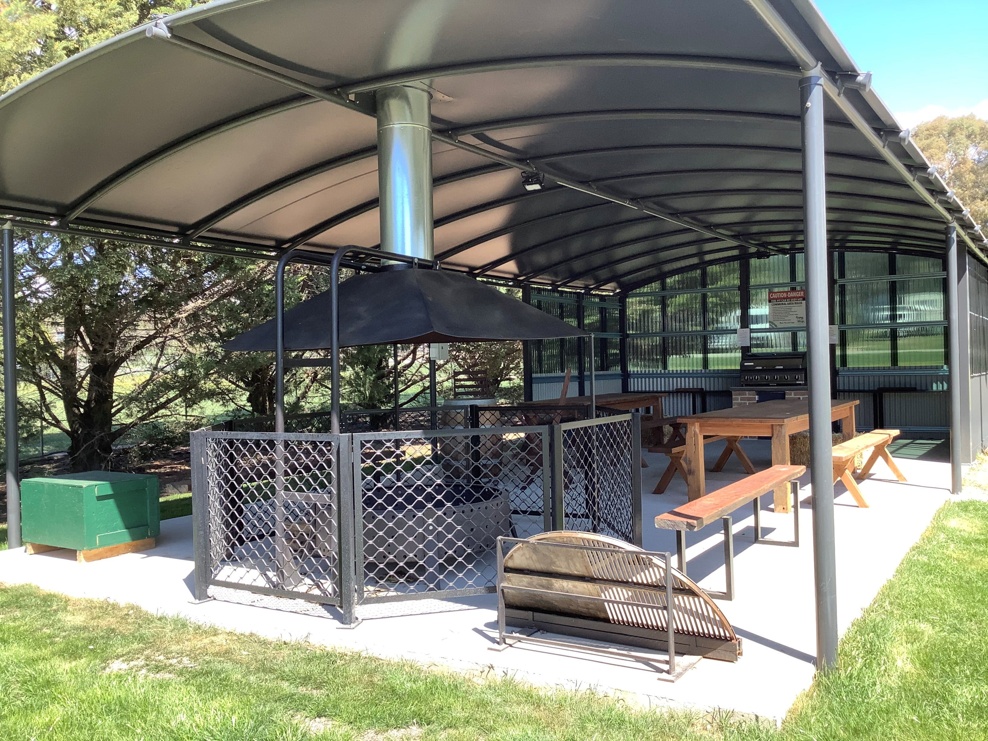 Blayney and Villages Tourist Park - Accommodation Nelson Bay