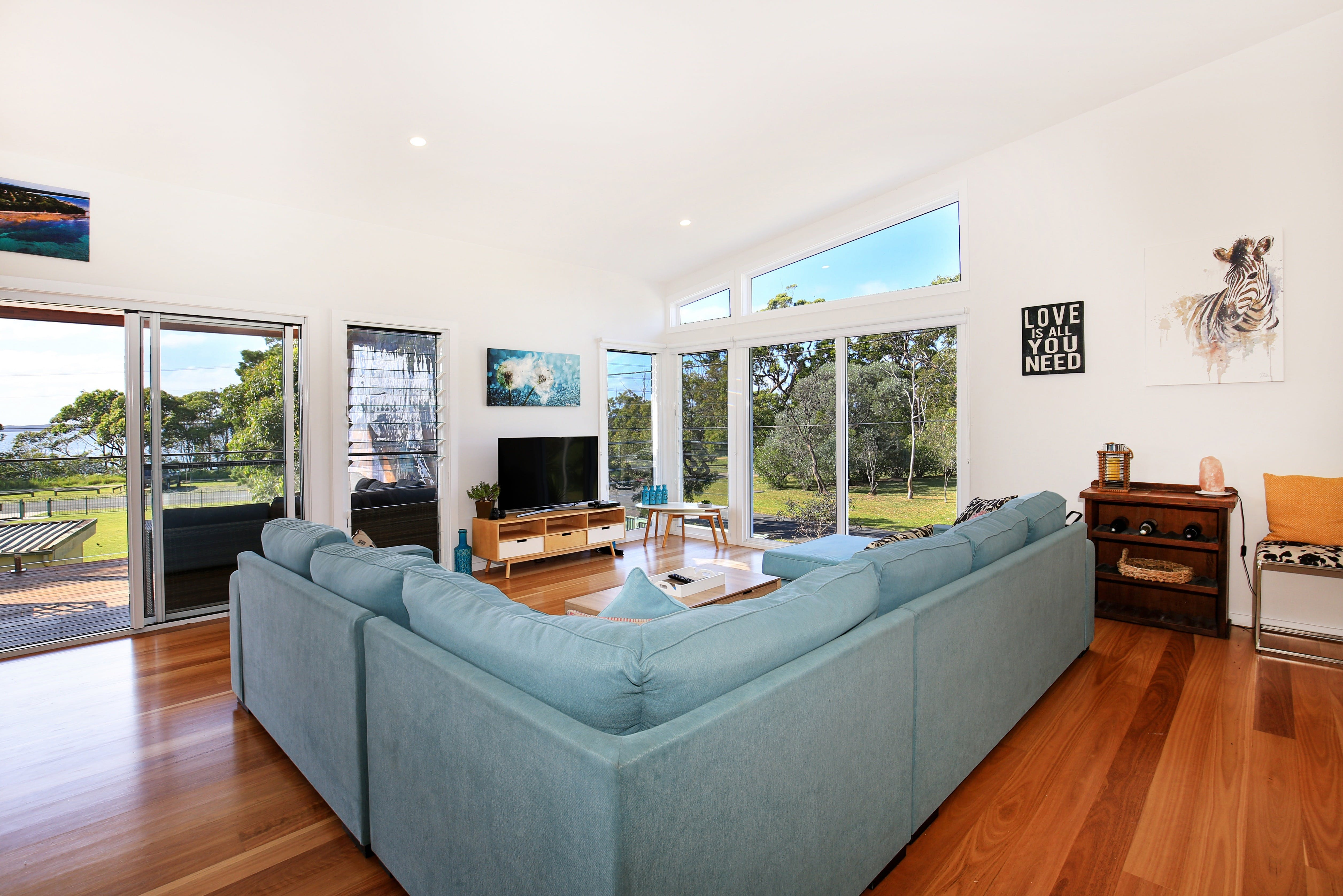 Eagleview - Accommodation Nelson Bay