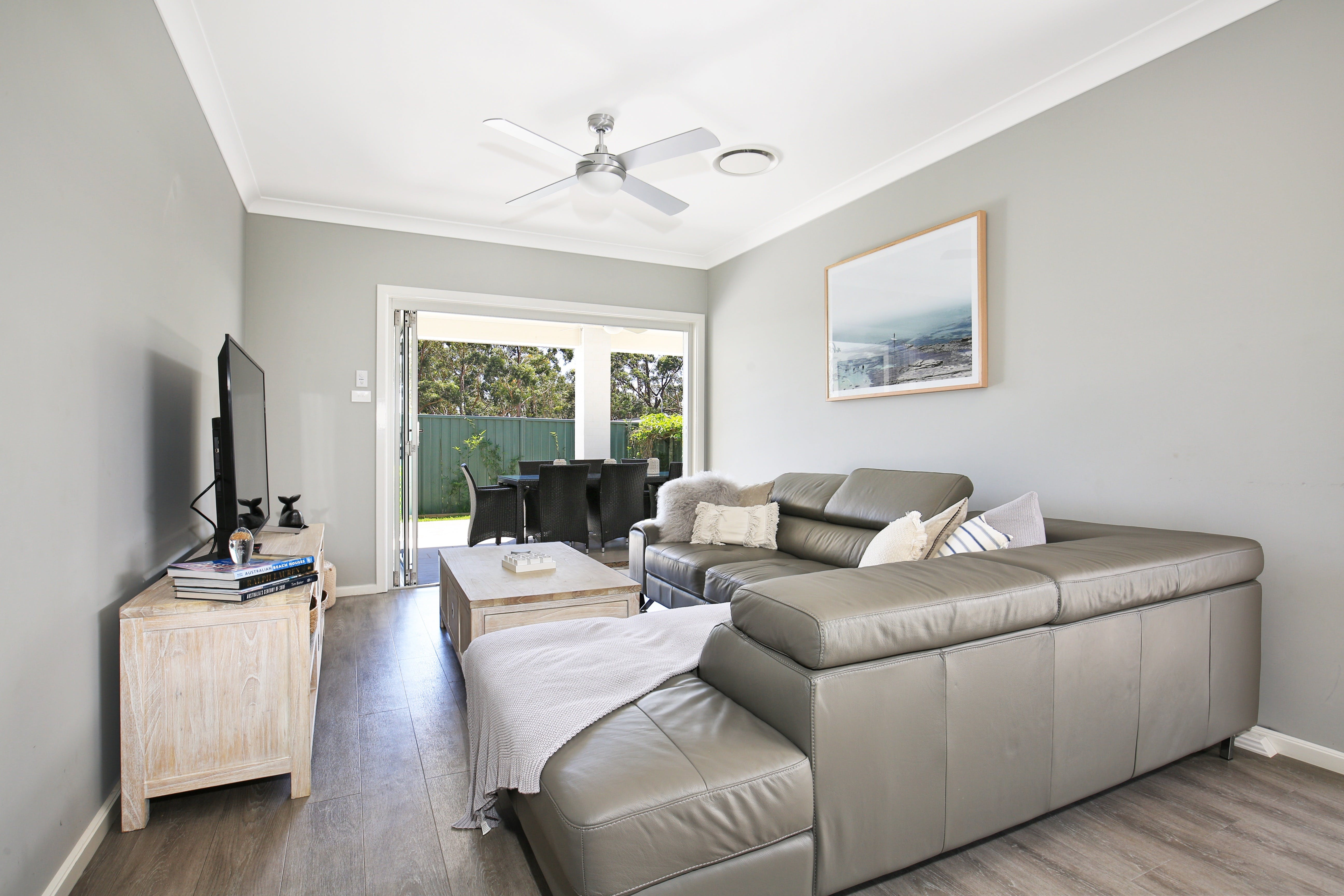 Wowly Waters - Accommodation Nelson Bay