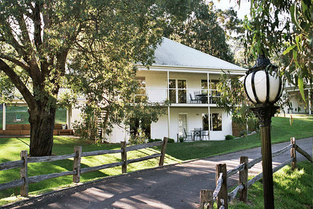 McMillans of Metung Coastal Resort - Accommodation Nelson Bay