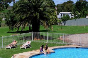 Swan Hill Holiday Park - Accommodation Nelson Bay