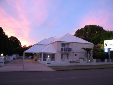 Admiral Nelson Motor Inn - Accommodation Nelson Bay