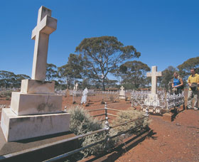 Coolgardie Cemetery - Accommodation Nelson Bay