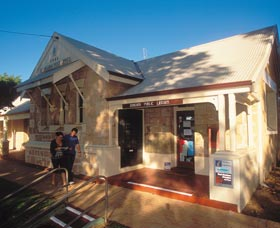 Dongara Heritage Trail - Accommodation Nelson Bay