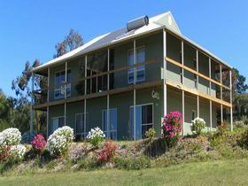 Waggon Road Studio Gallery - Accommodation Nelson Bay