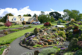 Kaydale Lodge Gardens - Accommodation Nelson Bay