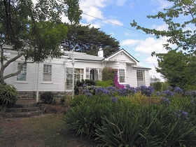 Home Hill - Accommodation Nelson Bay