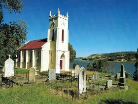 St Matthias Anglican Church - Accommodation Nelson Bay