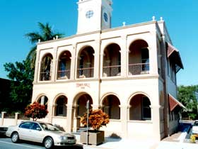 Mackay Town Hall - Accommodation Nelson Bay