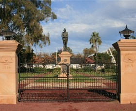 Dalby War Memorial and Gates - Accommodation Nelson Bay