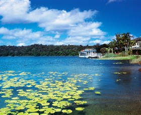 Lake Barrine Crater Lakes National Park - Accommodation Nelson Bay