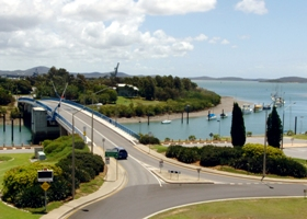 Gladstone Marina - Accommodation Nelson Bay