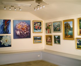 Ros McArthur Art Studio - Accommodation Nelson Bay
