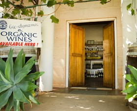 Robinvale Wines - Accommodation Nelson Bay