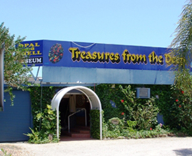 Treasures from the Deep - Opal and Shell Museum - Accommodation Nelson Bay