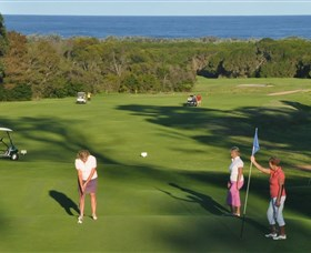Tura Beach Country Club - Accommodation Nelson Bay