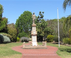 Greenmount War Memorial - Accommodation Nelson Bay