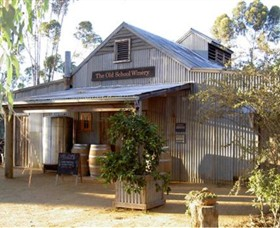 The Old School Winery and Pottery - Accommodation Nelson Bay