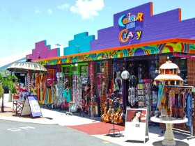Colour Me Crazy - Accommodation Nelson Bay