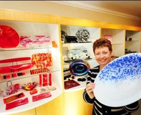 Exclusive Hot Glass Gallery - Accommodation Nelson Bay