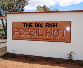 Big Fish Fossil Hut at Peak Hill - Accommodation Nelson Bay